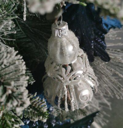 Berło srebrne z białą dekoracją. 12cm/1szt
