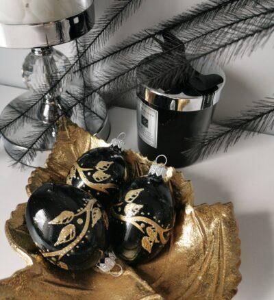 Jajko czarne ze złotą gałązką. 6cm/1szt