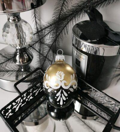 Jajko złoto-czarne z białym ornamentem. 6cm/1szt